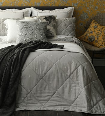 MM Linen Bijou Small Comforter Set