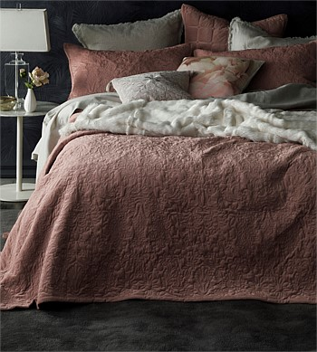 MM Linen Mandel Bedspread Set
