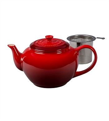 Le Creuset Classic Tea Pot with Infuser